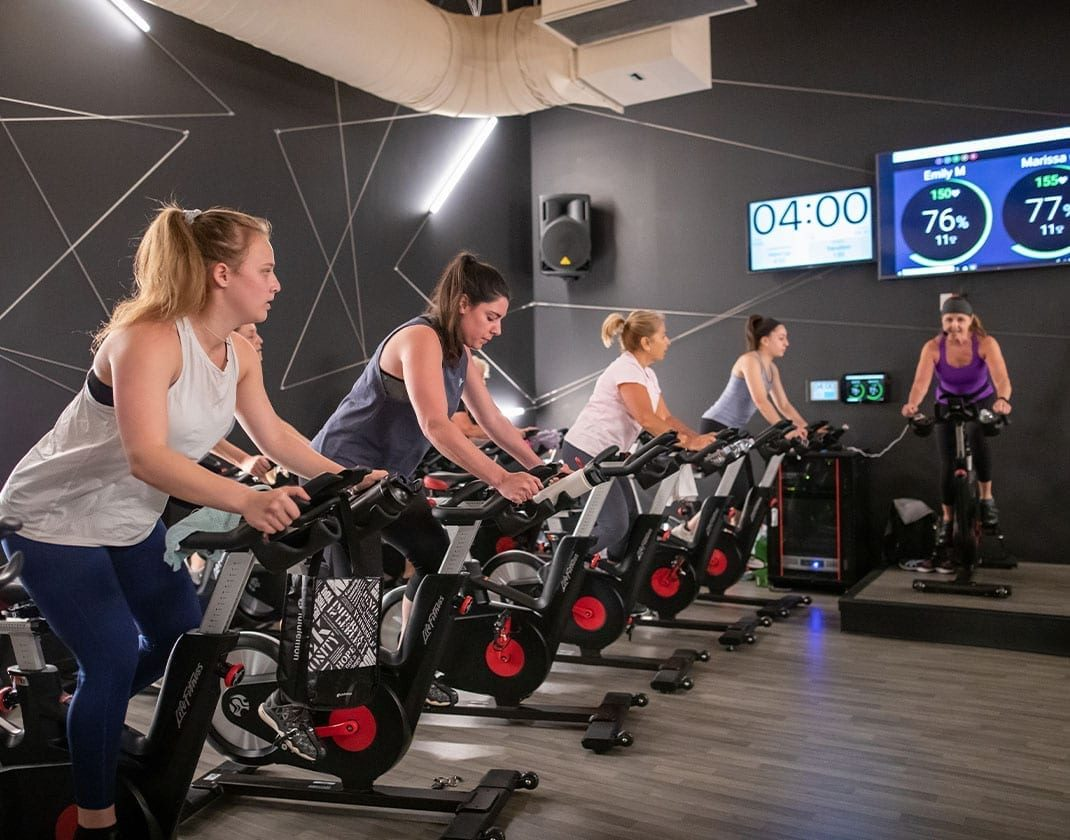 spin-studio-group-fitness-best-gyms